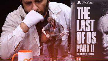 آنباکسینگ کالکتور ادیشن بازی The Last of Us Part II